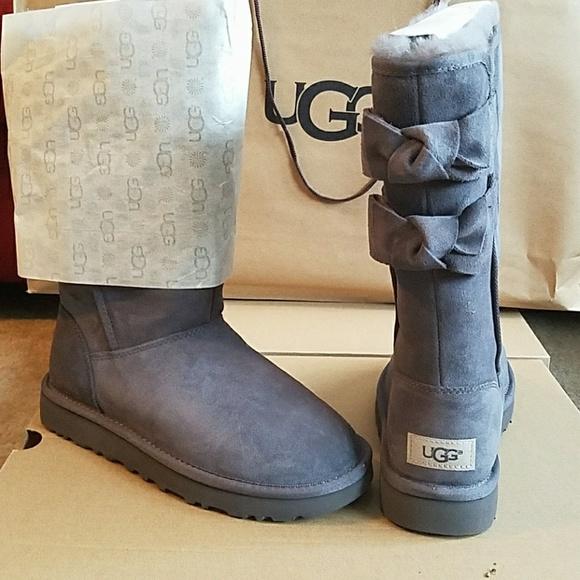 51c89fe541a SALE 🔥UGG women's Allegra Bow II boots